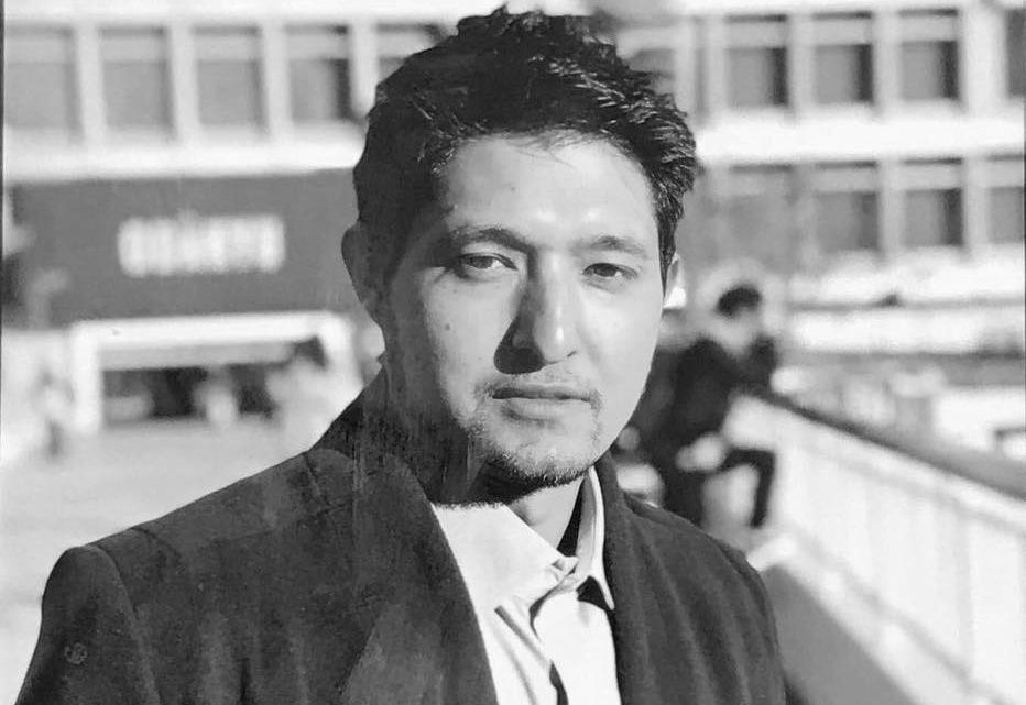 गुन्माकेनमा भाई सुरजको दाहसंस्कार गर्न दाजु नेपालबाट आईपुगे, मंगलबार दाहसंस्कार गरिंदै