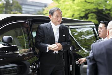 भागेर टोकियो काम खोज्न आएका सुगा जापानका भावी प्रधानमन्त्री (संक्षिप्त जीवनी)