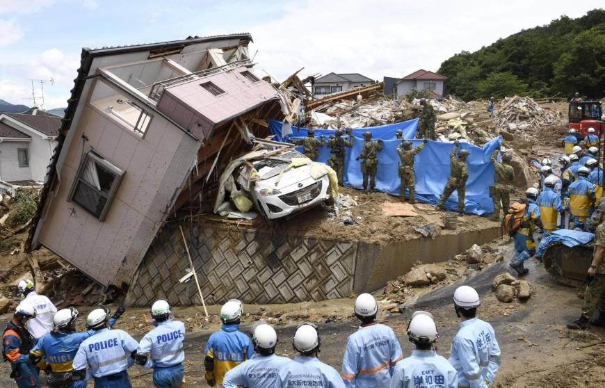 जापानमा बाढि पहिरोमा मृत्यु हुनेको संख्या १२५ पुग्यो, आबेद्धारा पिडितलाई राहत घोषणा