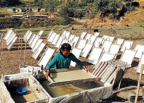 नेपाली पहिचान बन्दै नेपाली हाते कागज-जापान देखी युरोप अमेरिका निर्यात