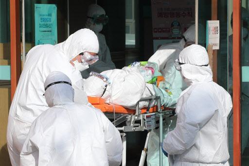 जापानमा कोरोना भाईरसबाट ४ को मृत्यु ७६३ संक्रमित, कोरियामा ६ को मृत्यु ६०२ संक्रमित