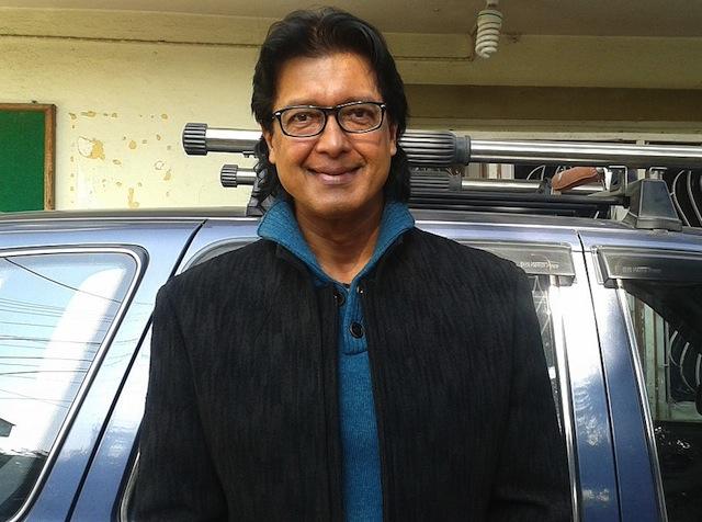 महानायक राजेश हमालद्धारा घर कुर्न बसेका व्यक्तिलाई २ करोडको जग्गा दान