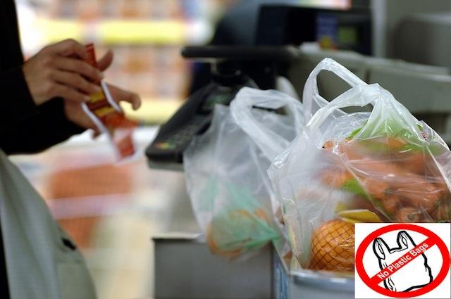 पैसा पर्ने भएपछी कन्भिनियन्स स्टोरमा प्लास्टिक व्याग खपत ७० प्रतिशत घट्यो