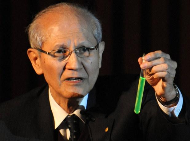 जापानी वैज्ञानिक आकासाकी जसले नोबेल पुस्कार जितेका थिए अब रहेनन्