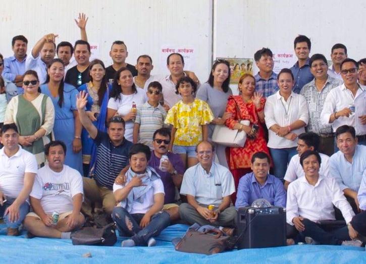 एमाले र माओवादी मिलेको खुशीयालीमा जापानमा प्रवासि नेपाली मन्चको बनभोज