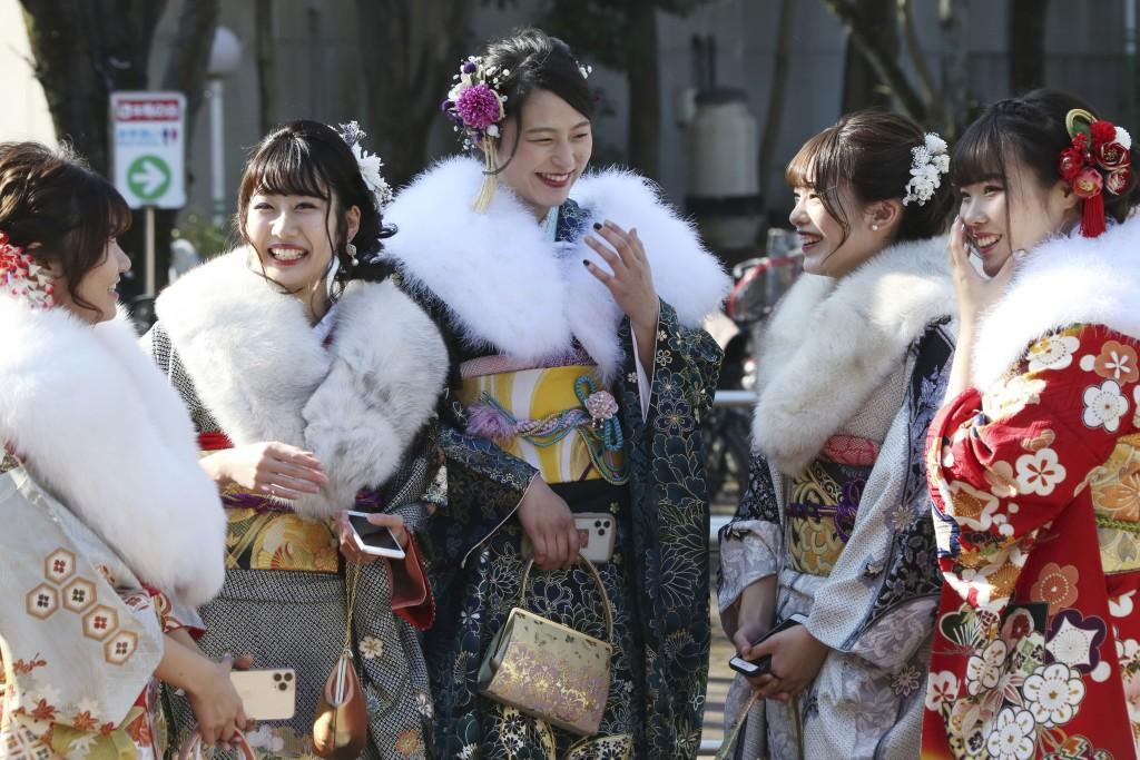 जापानभर युवावस्था प्रवेश दिवस मनाईयो, के हो युवावस्था दिवस ?