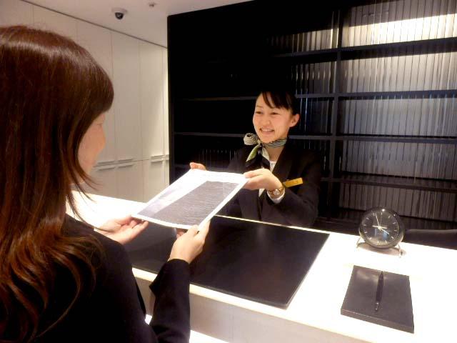 जापानमा होटलमा चेक इन गर्दा प्रयोग हुने जापानी वाक्यांशहरु